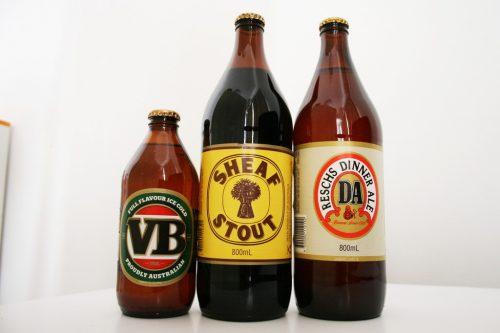 オーストラリアビール スタビーとロングネック