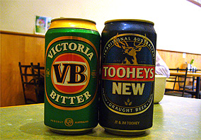 Victoria BitterとTooheys NEW
